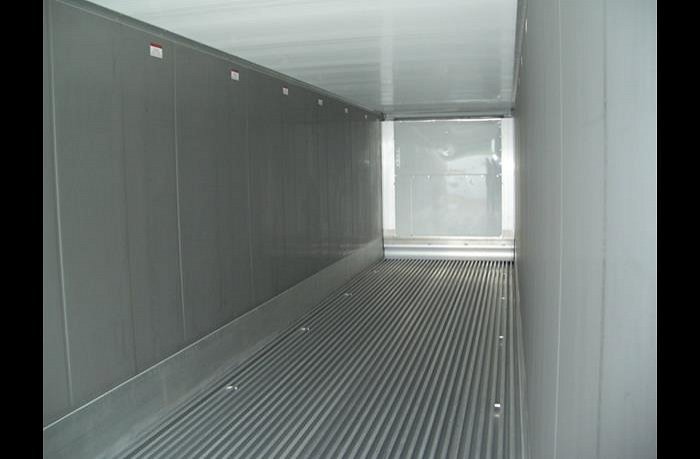 t-bar-vloer-binnenzijde-40ft-koel-container-copy-w700h585